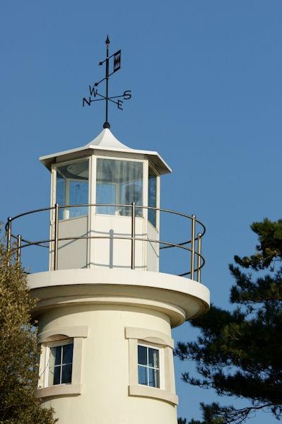 Lepe Lighthouse by drawnbyme