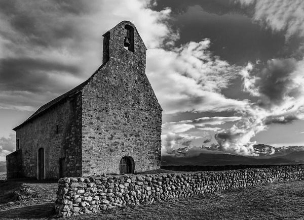 Chapel II by Escaladieu