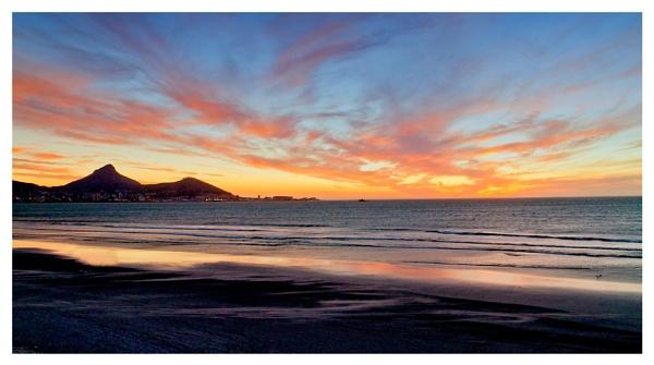 Sunset by devlin