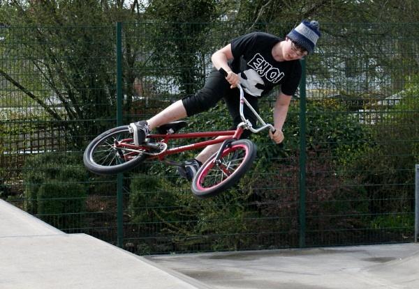 Stunt Kid . by Jen10