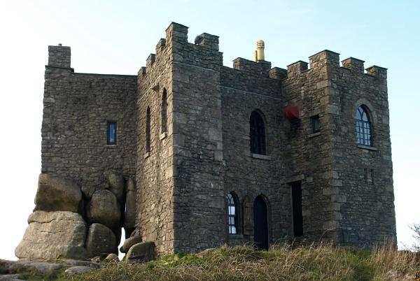 Carn Brea Castle by carpmanstu