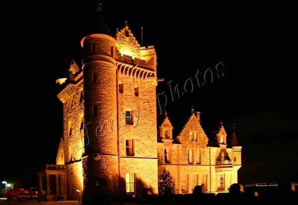 Belfast Castle at night by mirrorlens