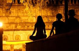 Meditators in Buddhagaya