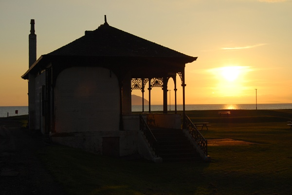 Girvan Bandstand 2 by SHADY65