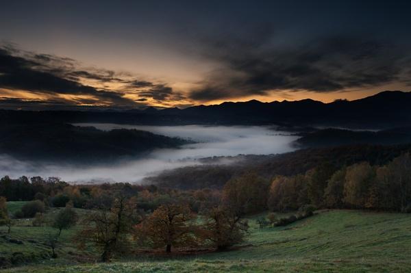Gascon Sunrise VI by Escaladieu