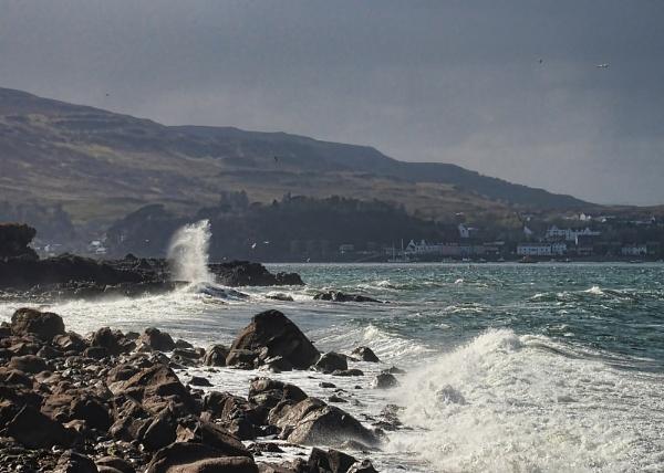 Sea spray by Sasanach