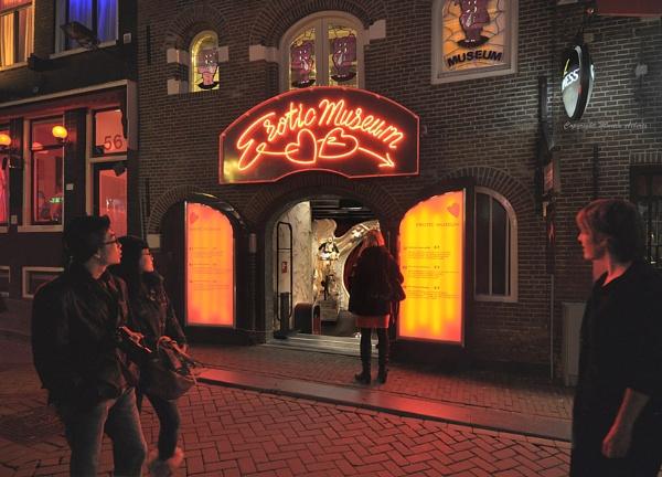 Erotic Museum in Amsterdam by martinalberts