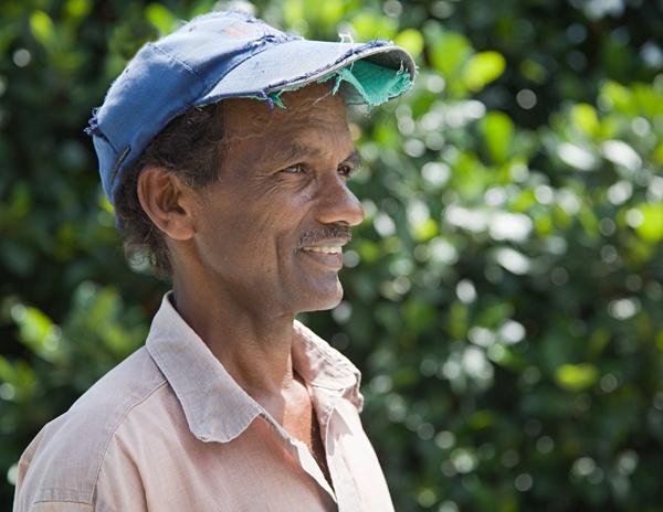 Gardener - Kandy, Sri Lanka by RWH