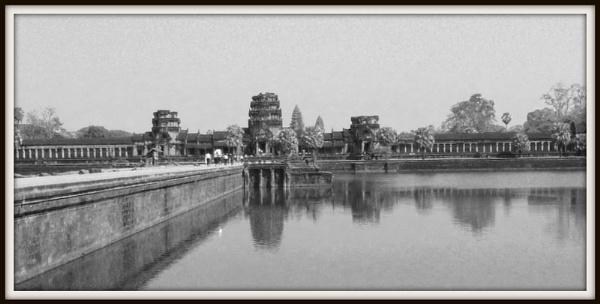 Angkor Wat      Siem Reap  Cambodia by Lindilou