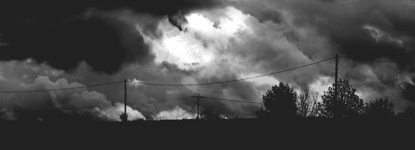 Silhouette Drama 2 by SimonAlesbrook