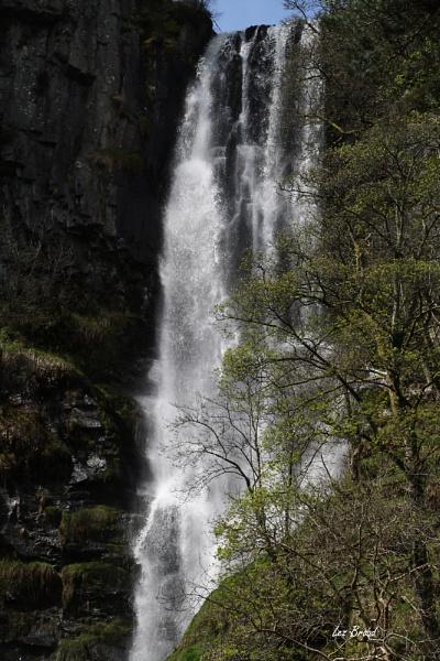 Pistyll Rhaeadr Waterfall by lez68