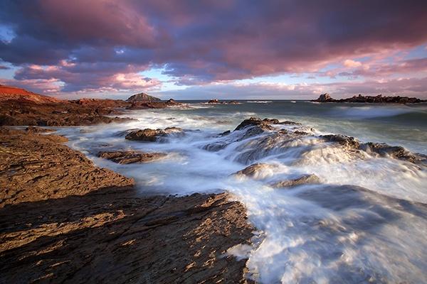Sunset at Heybrook Bay, Devon, UK by andyfox