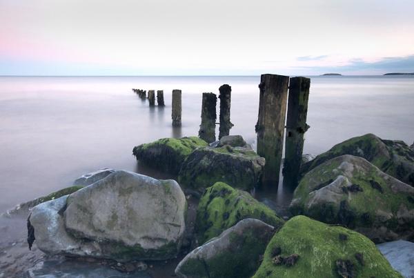 Groynes at dusk 2 by jholmes