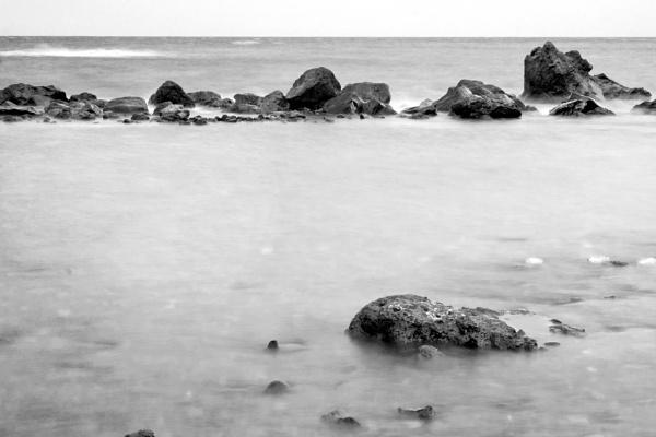 Rocks at Los Abrigos by TamJ