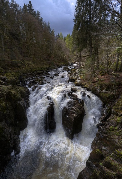 Black Linn waterfall by norrieB