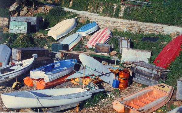 Boat dump....... by Alvar