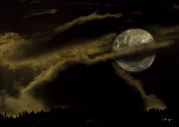 Full moon 0998 by paulknight