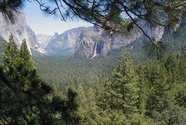 Yosemite National Park by mixpics