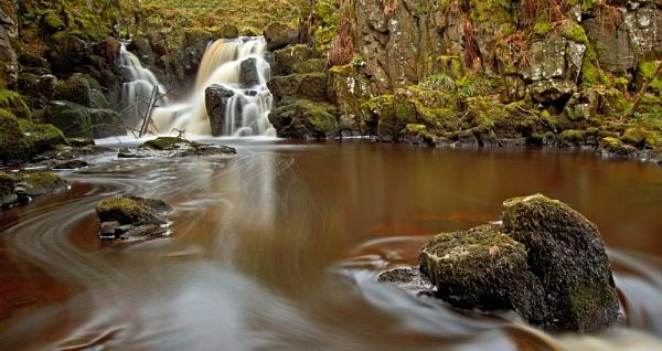 Linn Jaw Waterfall by CameronCamera