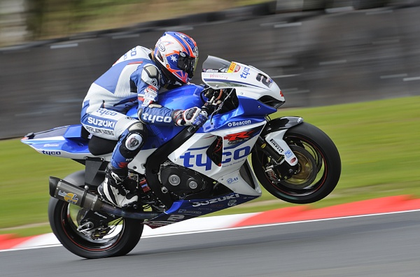 BSB Oulton Park 2012 by MikeMar