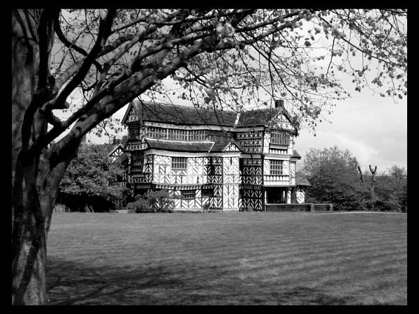Little Morton Hall by vikki9876
