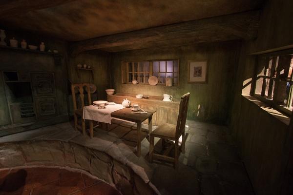 room 4 2 by HuntedDragon