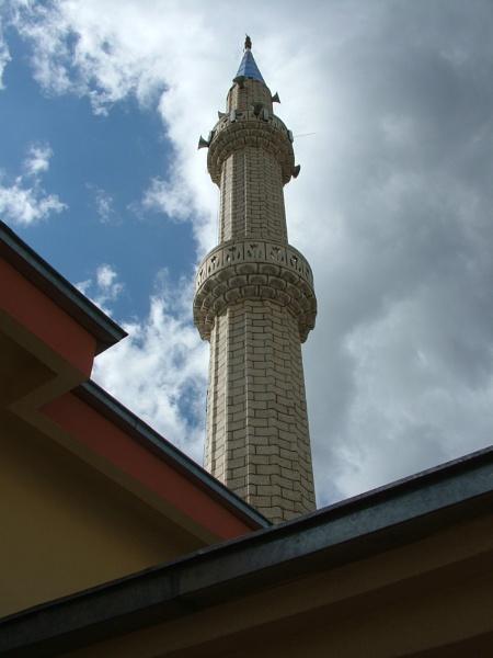Konya minaret by mecbrown