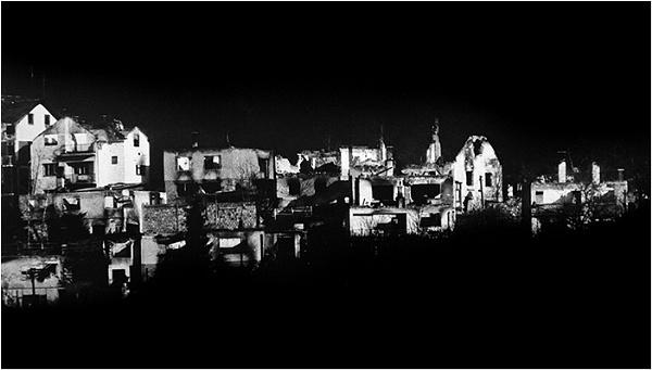 Ruins 92 by Ajanovic