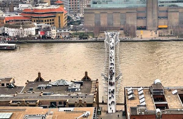 millenium bridge by eric2005