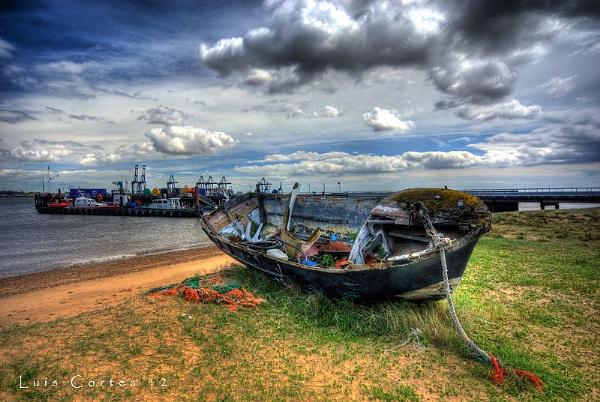 Ye olde boat by looboss