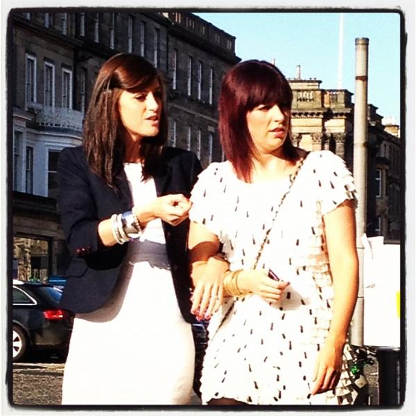 Sidewalk chatter by Pearybhoy