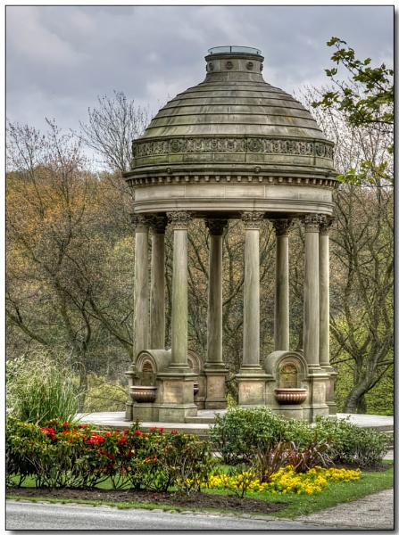 Barran\'s Fountain by TrevBatWCC