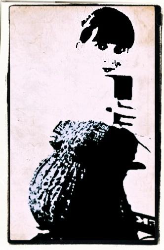 Lady in Waiting by MoragM