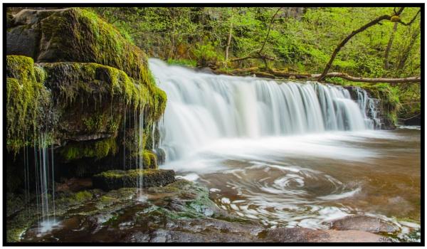 Lower Ddwli Falls Nr Pontneddfechan.. by MD2009