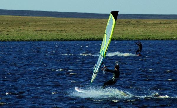 geurilla surfing by jadus