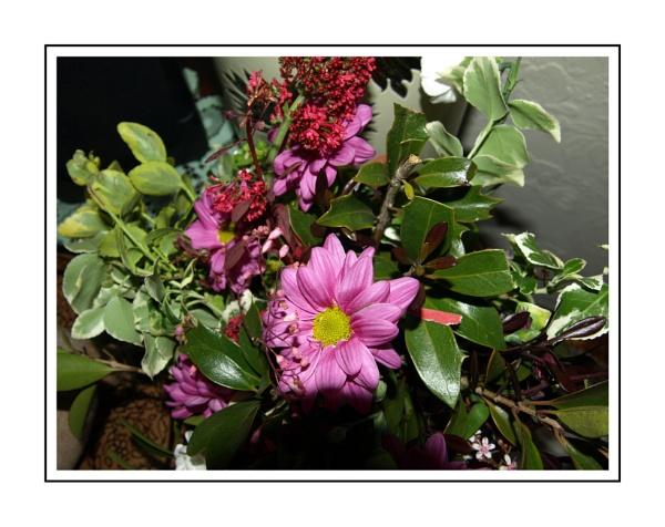 Mums Flower Arrangement by kojack
