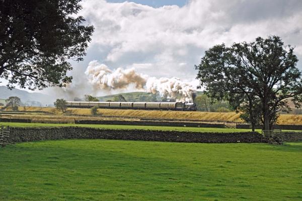 Morning glory on the Settle & Carlisle Railway. by SimonLathlane