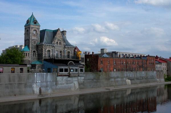 Cambridge, Ontario, Canada by e_villeda