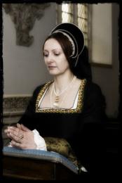 Ann Boleyn at prayer