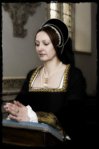 Ann Boleyn at prayer by bill777
