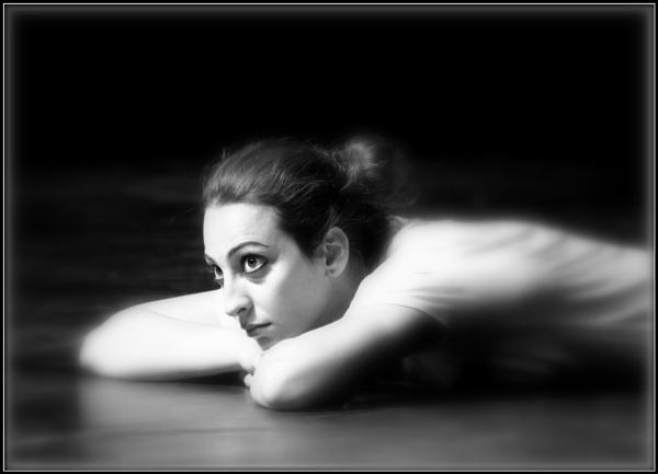Resting Dancer by nonur