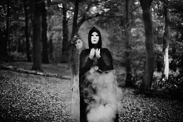 Ghosts by lisalobanova