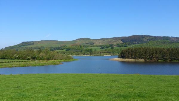 Lochore Meadows View by kaylesh