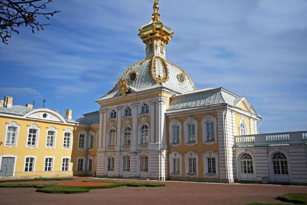 Peterhof Palace by icebabe