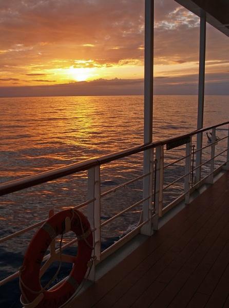 Ship Sunset by gossyboy