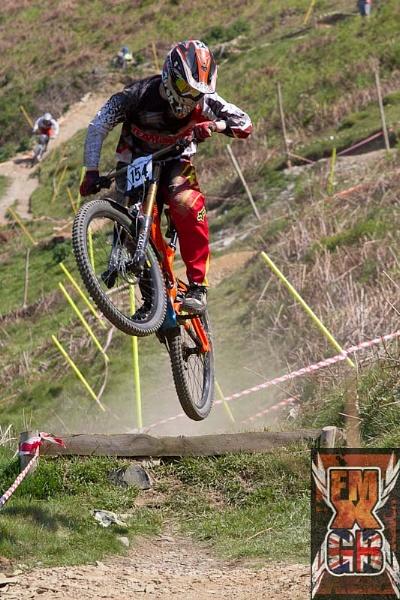 Hill Jumping by AllanP