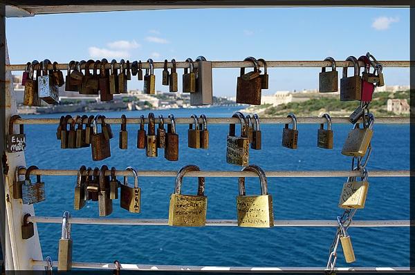 love locked by nikshot