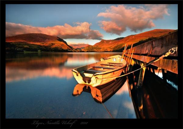 Llyn Nantlle Uchaf by J_Tom