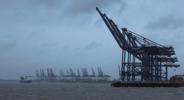 Cranes at Felixstowe by MiffMaff