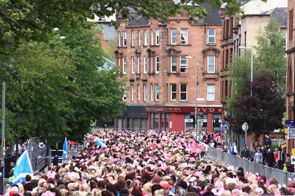 Race for Life Glasgow 2012 by desbarnio